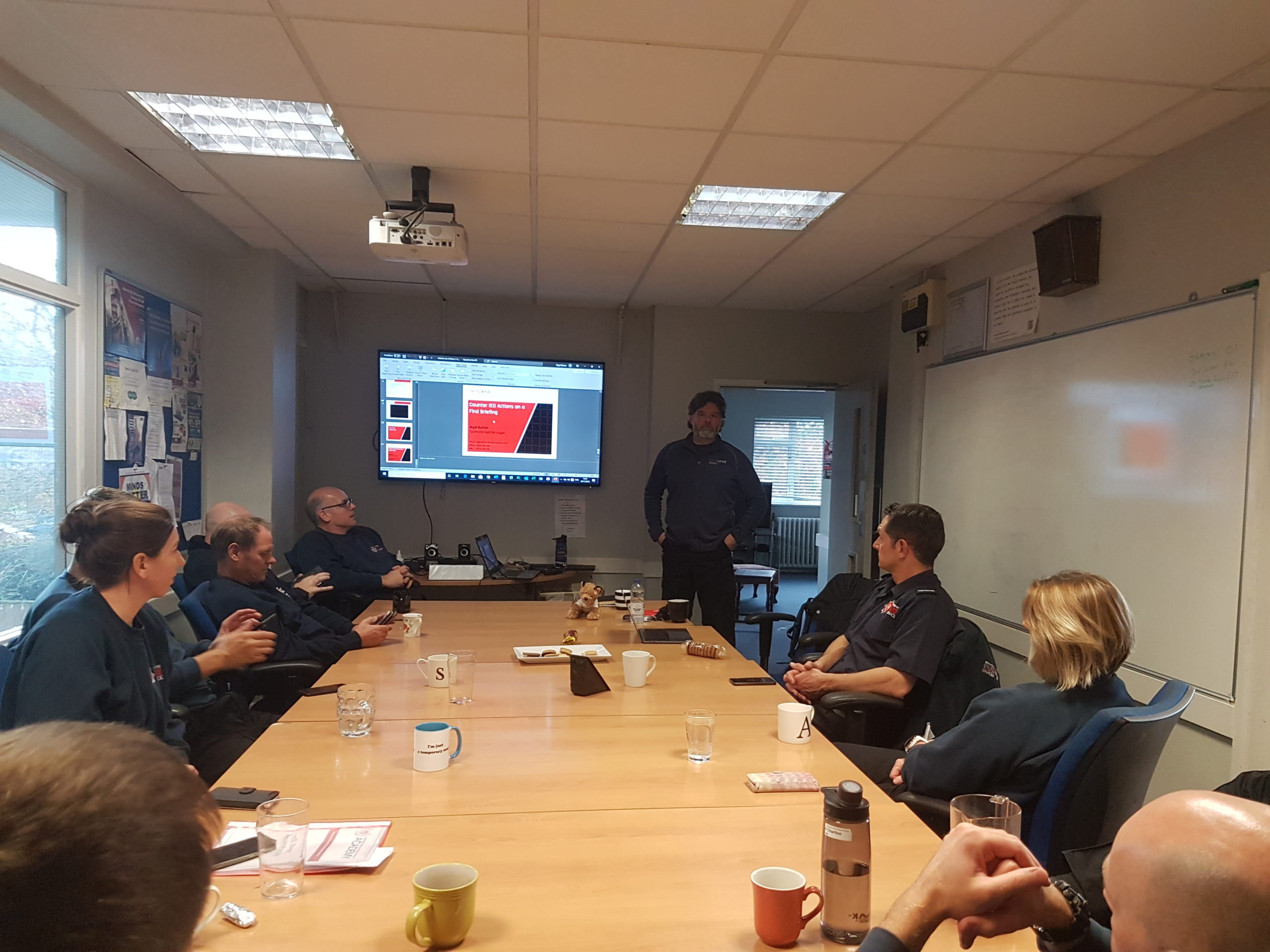 Nigel Barton gives a presentation to the firefighters from Redbridge Fire Station on the IED t